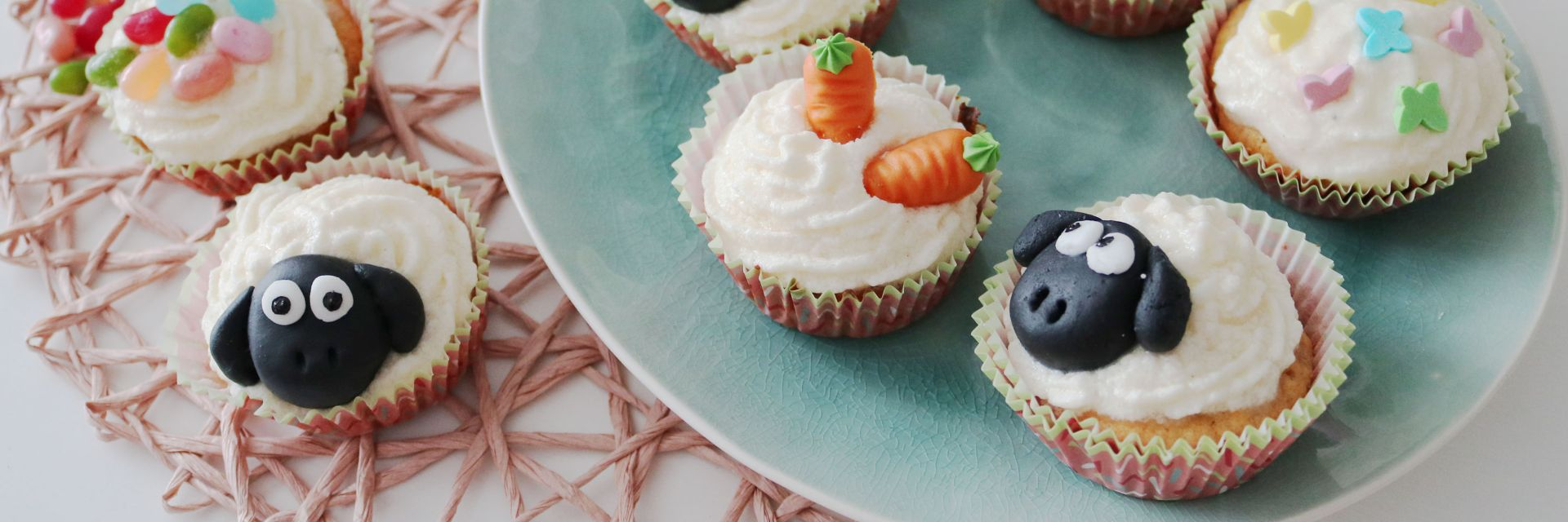 carrot apple cupcakes